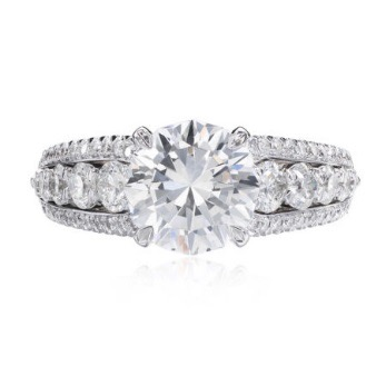 L'Amour Diamond Ring with a Crisscut Round center diamond